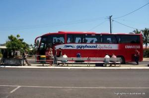 Greyhound Bus bei der Pause