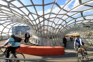 Brücke an den Docklands